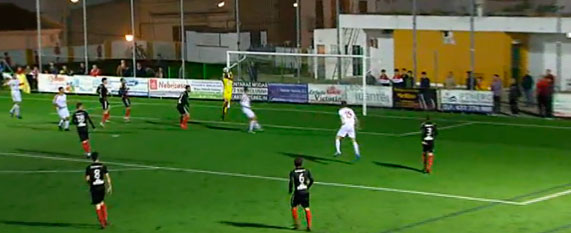 Un Cartaya muy serio logra una victoria trabajada y de mérito ante el Atlético Antoniano (0-1)
