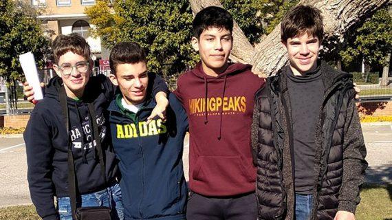 El equipo D'Huelva vuelve a brillar en la VI Olimpiada Interescolar de Ajedrez de Sevilla