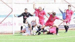 Exigente partido en casa para La Palma ante el Atlético Algabeño, este domingo a las 12:00. / Foto: David Limón.