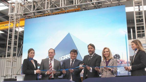 Scania inaugura su nuevo concesionario en Huelva con acento onubense