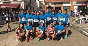 Participantes del Club Atletismo Arcoiris en la prueba Absoluta femenina.