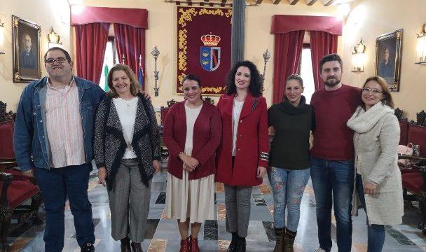 Entidades culturales y educativas de Almonte reciben el apoyo de su consistorio