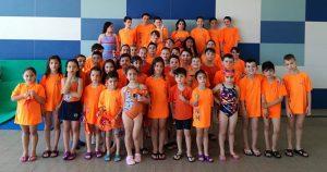 Los jóvenes participantes del CN Huelva que acudieron a la segunda cita de los Juegos Deportivos Municipales de Natación.
