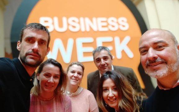 La III Business Week acerca de forma práctica el mundo del emprendimiento a los estudiantes de la UHU