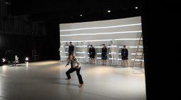 La compañía de danza de Fernando Hurtado deleita en Huelva con '34Guernica17′