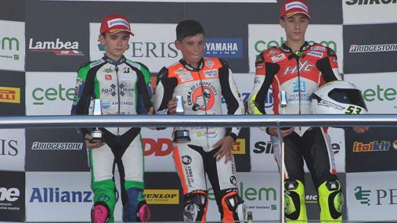 Doblete de Hugo Millán en la categoría Premoto3 en el inicio del Campeonato de España de Superbike
