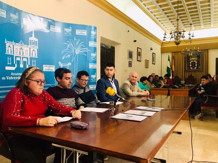 Apamys entrega al alcalde los tres primeros informes para redactar el Plan de Accesibilidad Cognitiva de Valverde del Camino