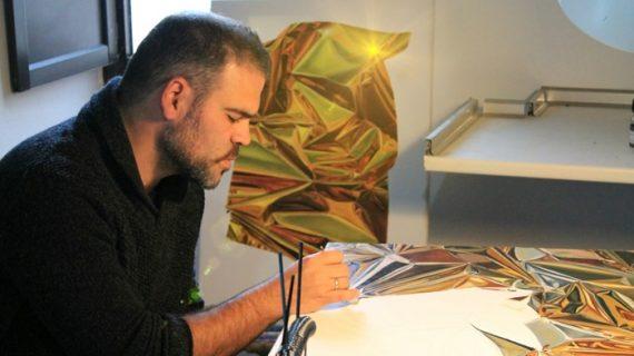 El artista José Martín trabaja el Realismo 3D en la tranquilidad que le confiere la Sierra de Huelva