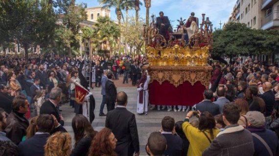 La Borriquita, Sagrada Cena, Redención y Mutilados procesionan este Domingo de Ramos en la capital