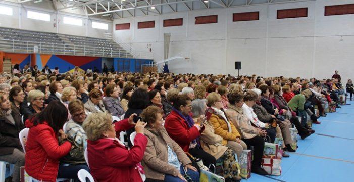 Quinientas mujeres de 100 agrupaciones de la provincia participan en el Encuentro de Asociaciones