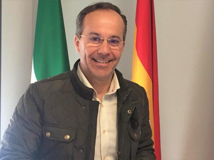 """MiguelÁngel Curiel: """"En estos años de gobierno municipal, Hinojos ha pasado del blanco y negro al color"""""""