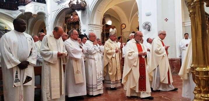 """El Obispo recuerda a San Pablo VI en la Misa Crismal y llama a los sacerdotes a tener """"un corazón nuevo, puro y grande"""""""