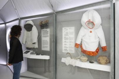 'La Caixa' y la Fundación Cajasol presentan la exposición 'El Ártico se rompe' para concienciar de su valor