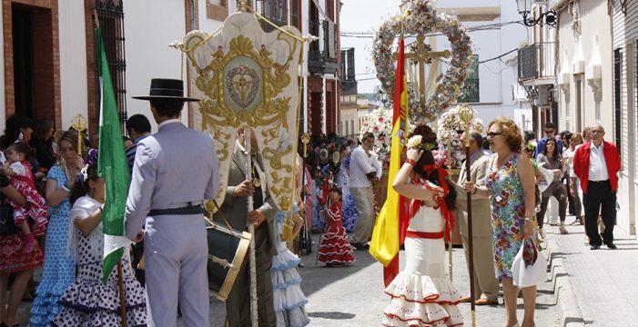 Las Cruces de Mayo, una fiesta ineludible en la primavera de la provincia de Huelva