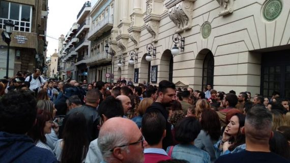 Los onubenses se vuelcan con el homenaje a Juan Carlos Aragón