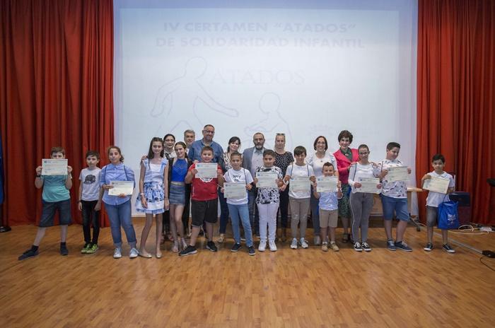 El Ayuntamiento y la Corporación Infantil reconocen a 11 menores como ejemplo de solidaridad