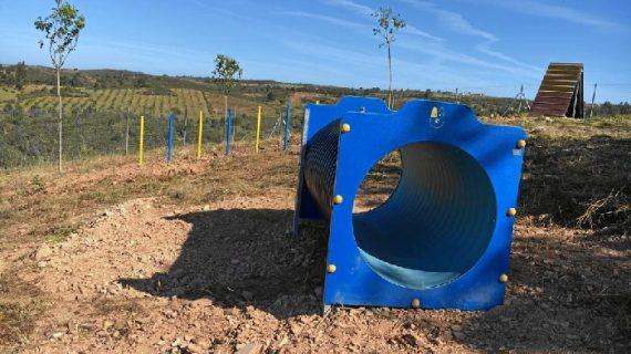 El Refugio de Valverde cuenta con un nuevo circuito de agility para promover el bienestar animal