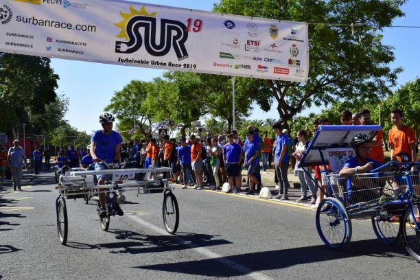 El Colegio Virgen de Belén y el IES La Palma ganan la IV Competición de Vehículos Solares de la UHU