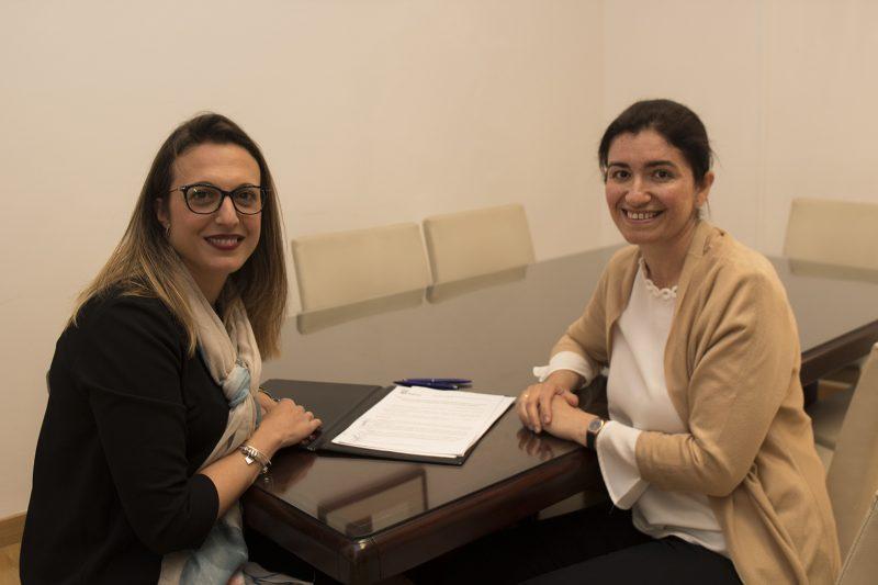 El Ayuntamiento de Huelva renueva su apoyo a 'Caminar' para avanzar juntos en la empleabilidad de la mujer