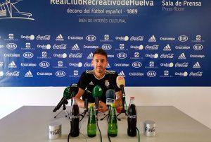 """Iago Díaz quiere el equipo dé a la afición """"la alegría que se merecen"""". / Foto: @recreoficial."""