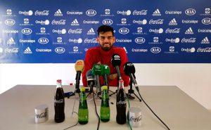 Israel Puerto reconoció ante los medios que está contento con su rendimiento esta temporada. / Foto: @recreoficial.