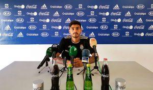 """Pablo Andrade tiene claro que el Villanovense """"va a exigir mucho el domingo"""". / Foto: @recreoficial."""
