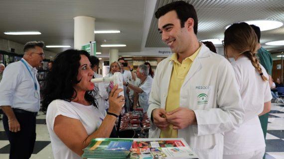 El mundo deportivo se suma a la campaña del Hospital Juan Ramón Jiménez en rechazo al tabaco