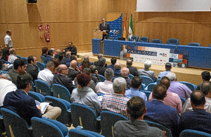 AIQBE celebra sus III Jornadas Técnicas con la presencia de Juan Pérez Mercader