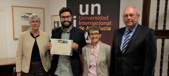 Un estudio sobre la Semana Santa y el Franquismo en Huelva recibe el VII Premio de Estudios Onubenses 'La Rábida'