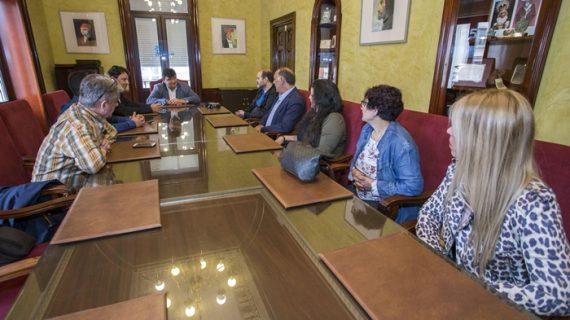 Visita institucional de la nueva Junta Directiva de la Agrupación de Comerciantes de Isla Chica
