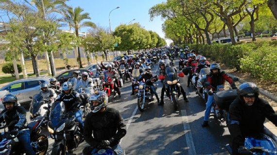 La III Ruta Moto-Solidaria de CSIF reúne a 290 motocicletas, 350 personas y 1.200 kilos de alimentos