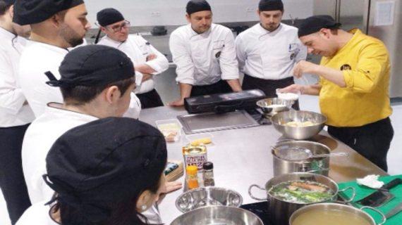 Jornadas de puertas abiertas para conocer la cocina como salida profesional en Huelva