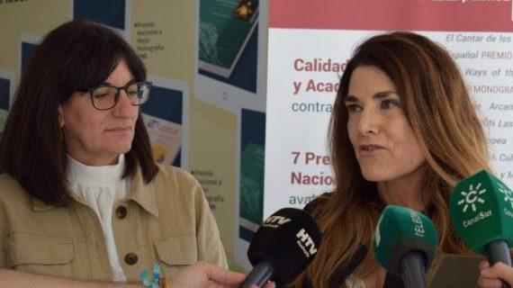 La UHU presenta sus novedades editoriales en la Feria del Libro