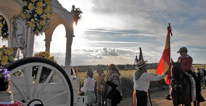 Trigueros inicia un año más su camino hacia la Romería de San José Obrero