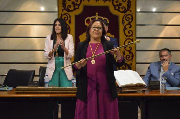 La nueva Corporación Municipal elige a Aurora Águedo como alcaldesa de Punta con nueve votos a favor