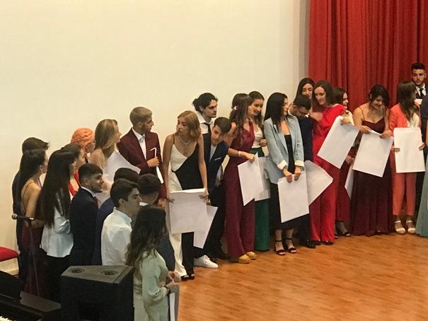 Emotivo acto de graduación de los alumnos de Bachillerato del IES Alonso Sánchez