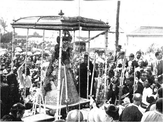 Un siglo de la Coronación Rociera, promovida por el hinojero Muñoz y Pabón
