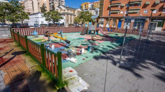 Actuaciones de reforma en el parque infantil de la calle Jabugo