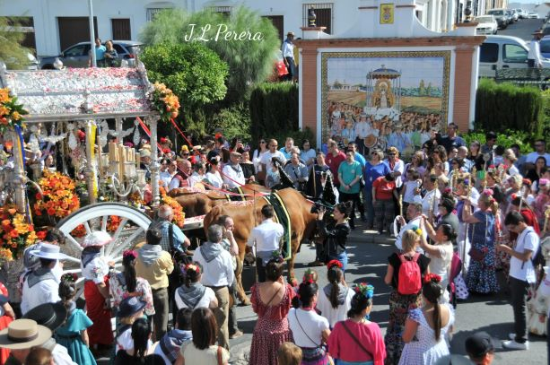 La Hermandad del Rocío de Moguer camina ya hacia la aldea almonteña
