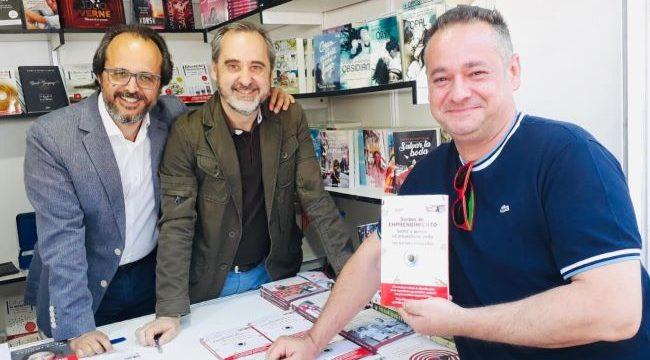 'Sorbos de emprendimiento', un libro del onubense Jesús de la Corte que ha conquistado Latinoamérica
