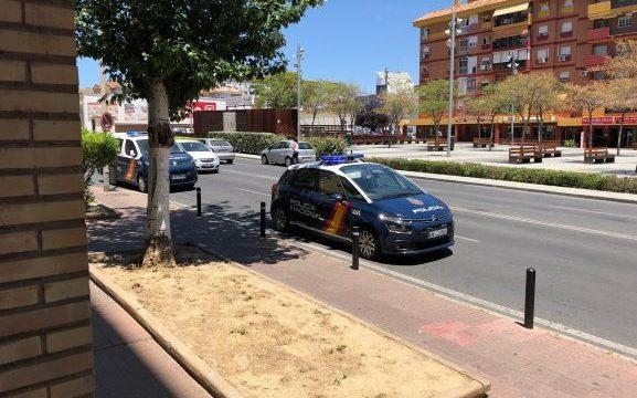 Detenido por los clientes y trabajadores cuando intentaba robar en una sucursal bancaria en Huelva