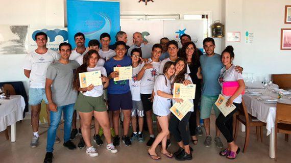El Real Club Marítimo y Tenis de Punta Umbría celebra el segundo Bautismo de Mar con jóvenes de la Ciudad de los Niños