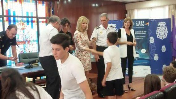 150 alumnos de Huelva  reciben el carné de ciberexpert@s en un acto de la Subdelegación de Huelva
