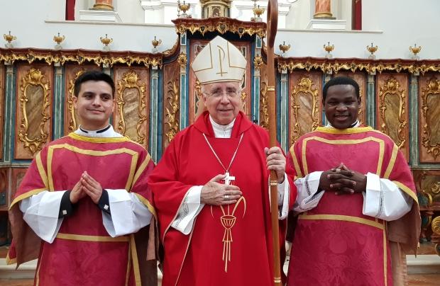 Ordenados dos nuevos diáconos en la Catedral