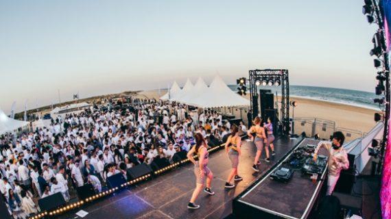 El festival de referencia para los influencers, antes celebrado en Cancún o Punta Cana, escoge las playas onubenses para su XII edición
