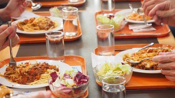 Las pymes locales optarán a alimentar los comedores escolares de Huelva