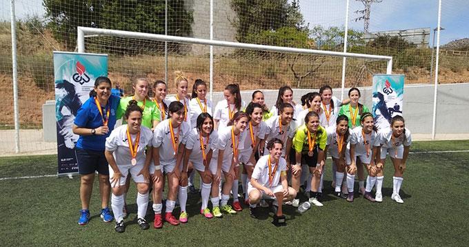 Equipo de la UHU de fútbol femenino, bronce en el Campeonato de España.