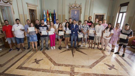 Cuarenta jóvenes culminan su formación y prácticas en el sector del comercio con los itinerarios de inserción