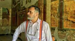 El profesor Carlos Petit recibe el galardón internacional 'Galileo Galilei'