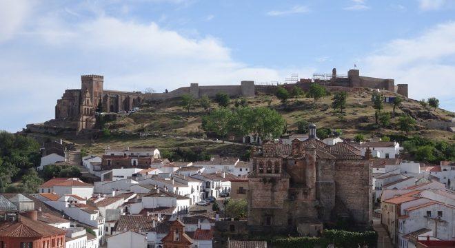 La rehabilitación del Castillo de Aracena ya supera la mitad de su ejecución